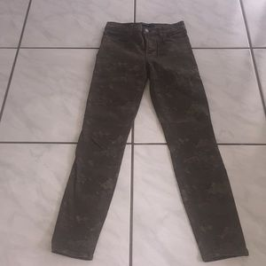 New Jbrand cropped skinny jeans size 25